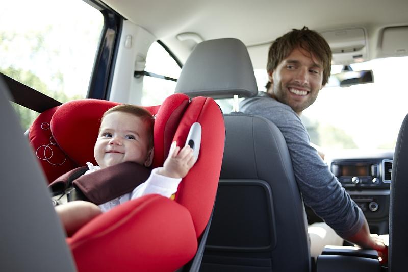 Norme des sièges auto (Normes R44/04 et phase 2 de la réglementation R129)